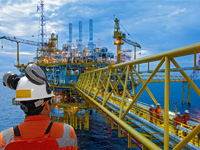 Managing Project Risks in the Oil & Gas Industry