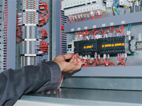 UPS Systems & Battery Chargers : Maintenance & Troubleshooting